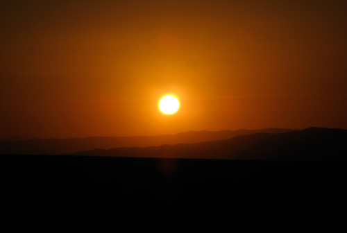 Päikeseloojang Atacama kõrbes
