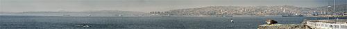Valparaiso (4) - kaugelt, vasakul üle lahe peaks näha olema ka Viñja Del Mar näha