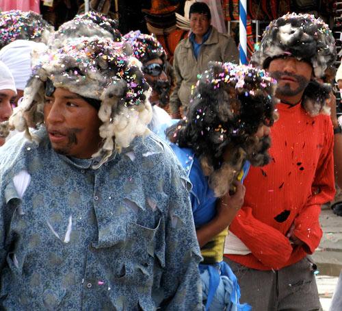 Eri karakterid karnevalil