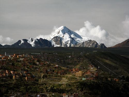 Mt. Illimani La Pazi kohal - 6402m (klikka, et suurendada)