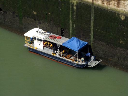 Panama kanali hoolduse paat