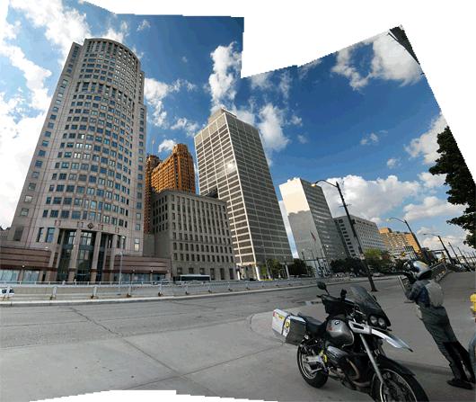 Detroit - südalinn, kõrval oli GMi peakorter.