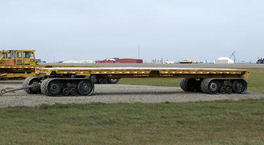 Huvitavad lume- ja igikeltsasõidukid (3) - isegi järelkäru jookseb lintidel :)