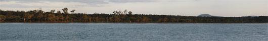 Austraalia (1) - tüüpiline jõeäärne, seal krokodille ei paistnud siiski olevat