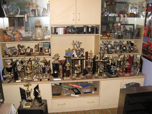 Lance'i trofeede kollektsioon, pole kuskile enam panna.