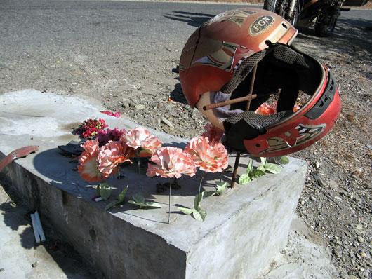 Hukkunud mootorratturi mälestuseks