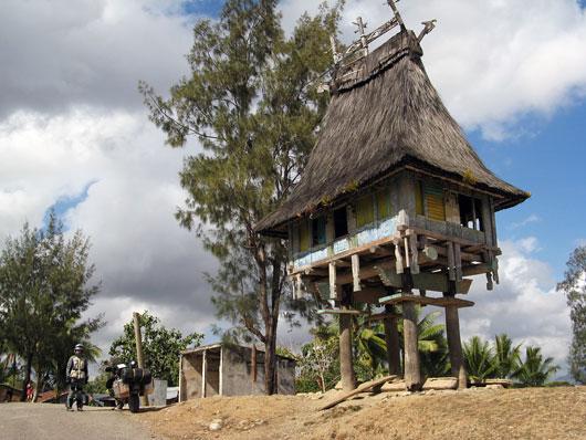 Huvitav hoone mägikülas