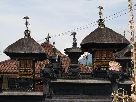 Hindu moodi arhitektuur Balil