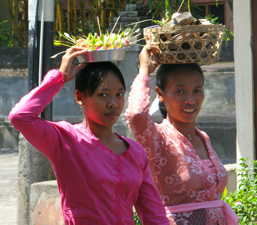 Naised Balil