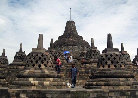 Turistid Borobuduris turnimas