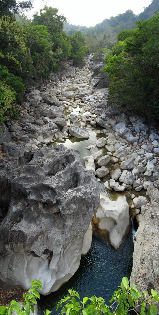Timori maastikud (7) - jõesäng mägedes