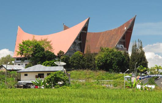 Bataki hooned