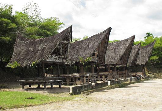 Bataki stiilis küla